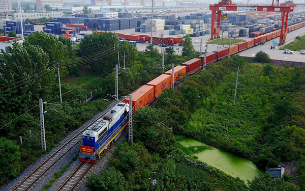 Freight service to Europe gains momentum in 2017