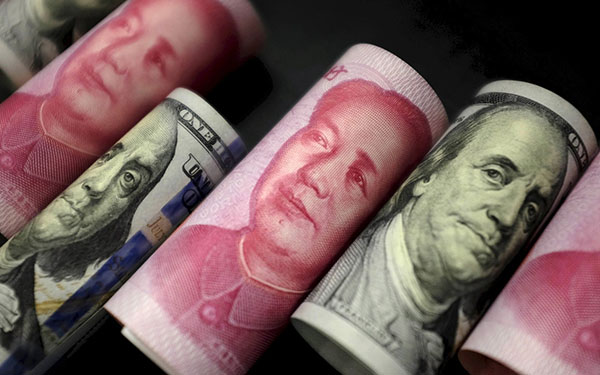 China sees more balanced cross-border capital flow in 2017