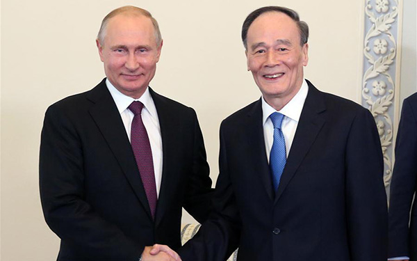 Putin meets Chinese vice president on ties