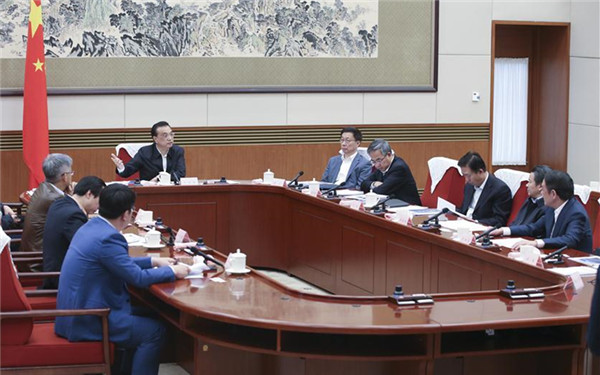 Premier Li urges efforts to maintain stable, healthy economy